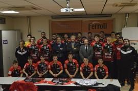 Ferroli patrocinador oficial del Club balonmano Burgos