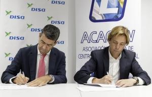 DISA y la Asociación Canaria de Centros de Formación Vial (ACACEFV) han firmado un convenio de colaboración para promover el uso del AutoGas
